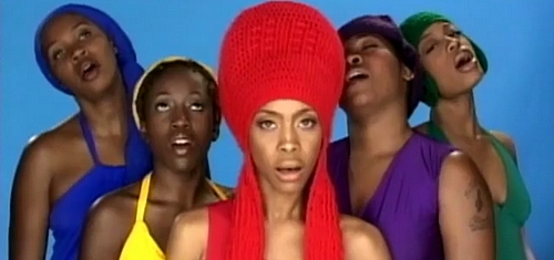 erykah-badu-naked-music-video